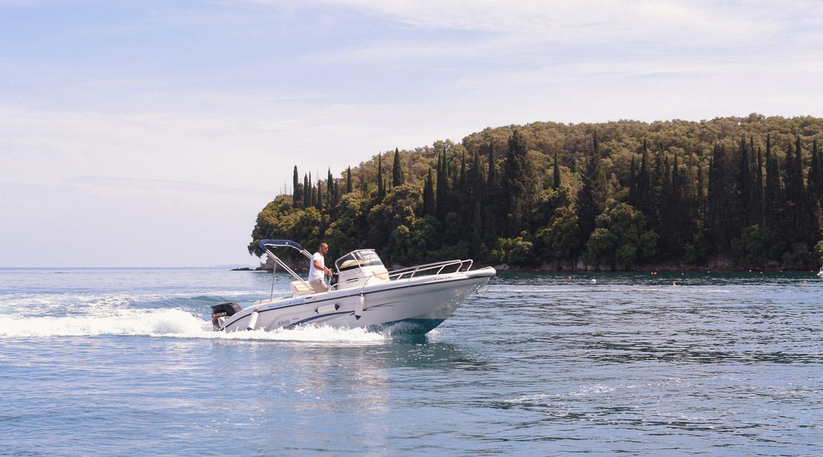 The-WHite-House-Boats-Kalami-Corfu-26